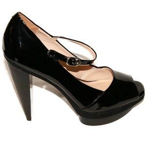 NWOB Pour La Victoire Sz 6.5M Black Patent Heels